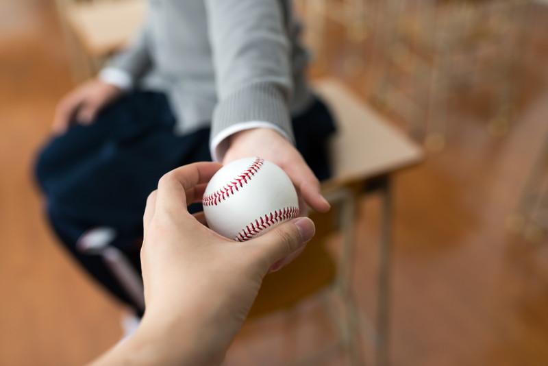 野球の契約